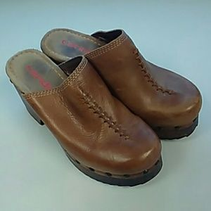 Candies leather clogs